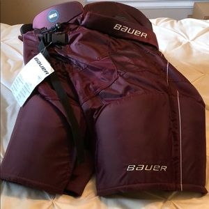 Bauer Supreme One55 Sr size medium hockey breezers